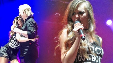 Travis Tritt's Daughter Opens His Show With Fiery Sara Evans Tune | Country Music Videos
