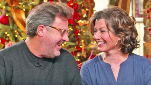 vince gill and amy grant are more in love than ever talking about what christmas means to them - Amy Grant Home For Christmas