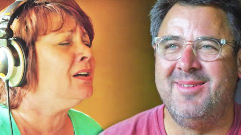 A Look at Vince Gill & Friends Recording Patsy Cline's 'Faded Love' (VIDEO) | Country Music Videos