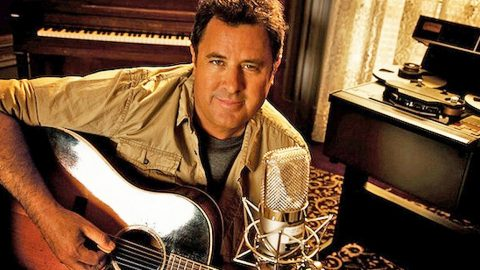 Vince Gill Receives Huge Honor   Country Music Videos