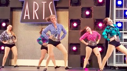 Country Girls Bust A Move To Miranda Lambert Song In Red-Hot Dance Routine | Country Music Videos