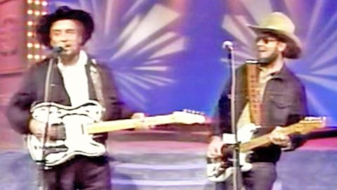 Waylon Jennings & Hank Jr. Bring The House Down With Rockin' 'Are You Sure Hank Done It This Way' | Country Music Videos