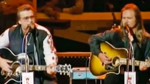 Footage Resurfaces Of Waylon Jennings Singing With Travis Tritt, And It's Perfection | Country Music Videos