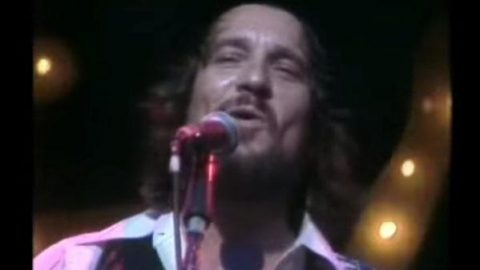 Waylon Jennings – I've Always Been Crazy | Country Music Videos