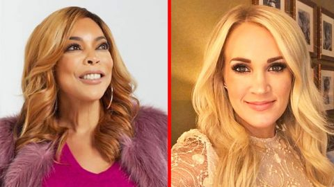 Fans In Uproar After Talk Show Host Accuses Carrie Underwood Of Getting A Facelift | Country Music Videos