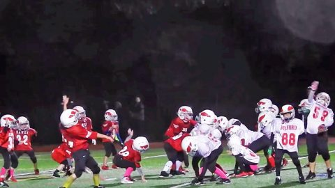 Pee Wee Football Players Bust Out Latest Dance Craze During Gameplay | Country Music Videos