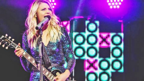 Kelsea Ballerini Tears Up The Show With Intoxicating Cover Of 'Tennessee Whiskey' | Country Music Videos
