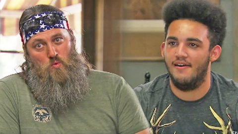 Willie Robertson Gives Teenage Son Horrible And Hysterical Dating Advice | Country Music Videos