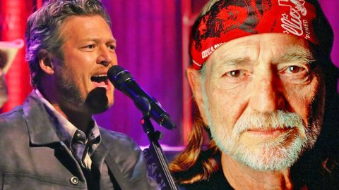 Country Superstars Pay Tribute To Willie Nelson With Greatest Hits Medley | Country Music Videos