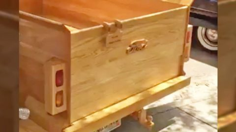 Master Craftsmen Builds Ford Truck Entirely Out Of Wood That You Have To See To Believe | Country Music Videos