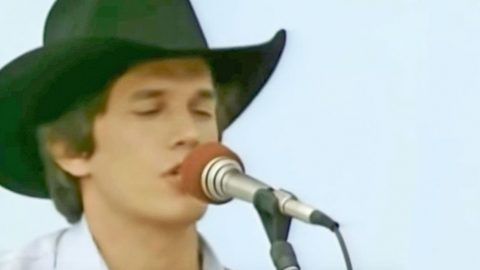 Young George Strait Singing His Flirty Country Hit Will Leave You Blushing | Country Music Videos