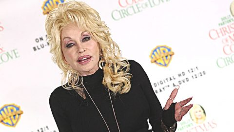 You May Be Stunned To Hear This, But Dolly Parton's Marriage Was In Jeopardy | Country Music Videos