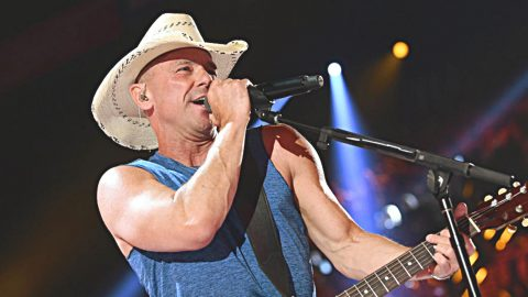 Kenny Chesney Just Achieved Something Huge, And It's Sure To Impress You | Country Music Videos