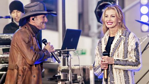 Faith Hill Just Achieved Something Rare & Tim McGraw Can't Help But Brag | Country Music Videos
