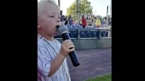 Toddler Kicks Off Baseball Game With National Anthem Performance | Country Music Videos