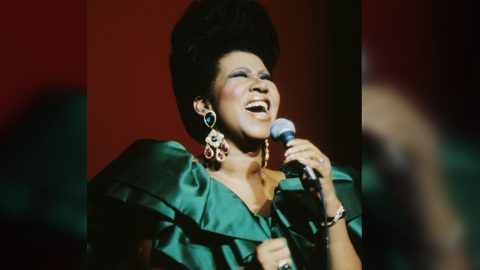 Aretha Franklin, The Queen Of Soul, Dead At 76   Country Music Videos