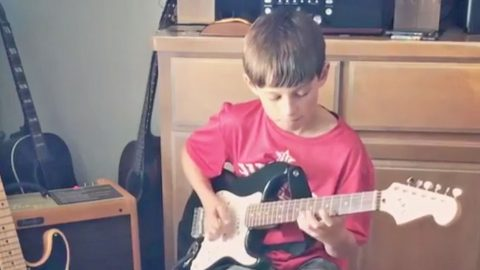 "Aaron Watson's 12-Year-Old Son Performs AC/DC's ""Thunderstruck"" Guitar Riff 