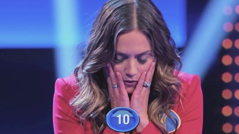 See Country Singer & Family's Nail-Biting Fast Money Round on 'Family Feud' | Country Music Videos