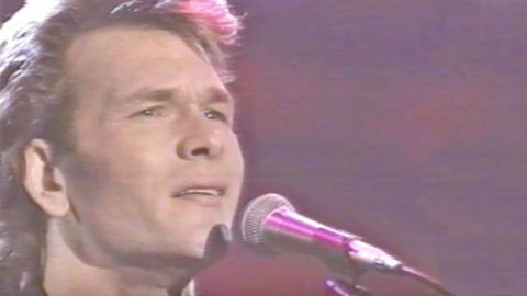 Patrick Swayze Sings Country Classic 'Love Hurts' With Larry Gatlin | Country Music Videos