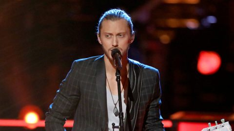 Fans Heartbroken After 'The Voice' Favorite Quits Show   Country Music Videos