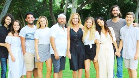 Young 'Duck Dynasty' Stars Share Exciting News About Their Future | Country Music Videos