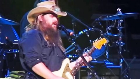 Country Music Sensation Chris Stapleton Shakes Things Up With Live 'Free Bird' Tribute | Country Music Videos
