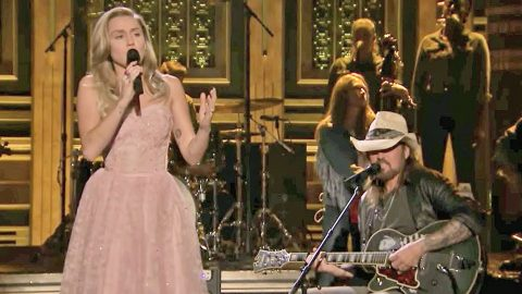 Miley & Billy Ray Cyrus Honor Tom Petty Through Enchanting Cover Of 'Wildflowers' | Country Music Videos