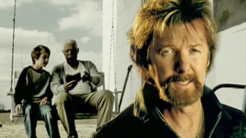 Brooks & Dunn's Touching Hit 'Believe' Continues To Inspire & Fill Hearts With Hope | Country Music Videos