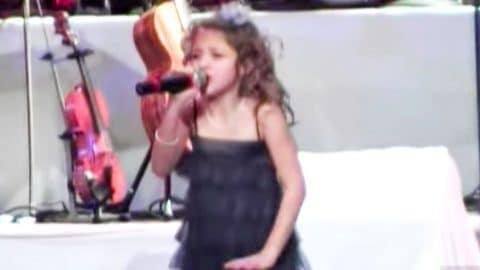 Who Sang Rockin Around The Christmas Tree.Christmas Cutie Sings Sugary Sweet Version Of Rockin