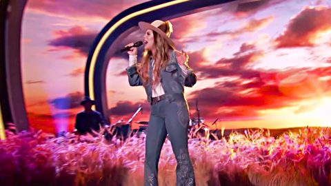 Nashville Hopeful Dazzles Judges With Vibrant Dixie Chicks Tune | Country Music Videos