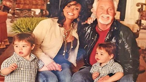 In 2018 Kenny Rogers Posted A Photo Of His Twin Boys All Grown Up | Country Music Videos
