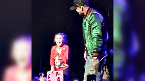Kane Brown Gives Little Girl Best Christmas Present Ever   Country Music Videos