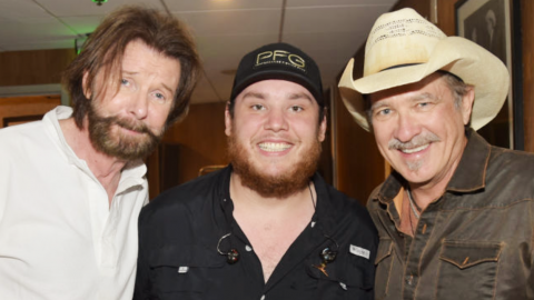 Country Powerhouse Luke Combs Joins Brooks & Dunn For Roaring 'Brand New Man' | Country Music Videos