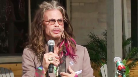 Steven Tyler Drops $500K For Extraordinary Cause | Country Music Videos