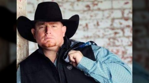 Rising Texas Country Singer Dead At 35 | Country Music Videos