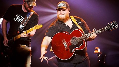 Luke Combs Adds 27+ New Shows – And Shakes Up Opening Acts | Country Music Videos