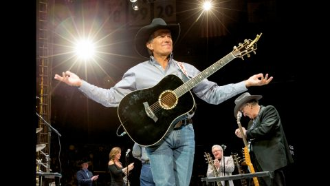 How George Strait Broke Records With $12.7 Million Concert | Country Music Videos