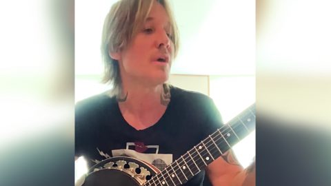 """Keith Urban Breaks The Internet With Cover Of Viral Hit """"Old Town Road"""" 