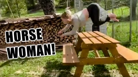 'Horse Woman' Becomes Internet Sensation. Part Equestrian, Part Horse | Country Music Videos