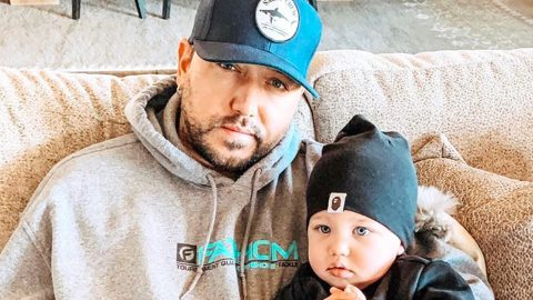 Jason Aldean Shares What Happens When He's In Charge Of Dressing The Babies | Country Music Videos