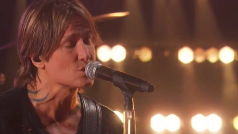 Keith Urban Brings Raw Emotion To CMT Music Awards With New Heartbreak Ballad | Country Music Videos