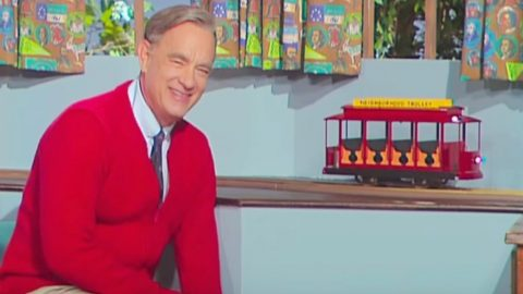'A Beautiful Day In The Neighborhood' Trailer Shows Tom Hanks As Mr. Rogers | Country Music Videos