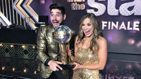 'Bachelorette' Hannah Brown Wins 'Dancing With The Stars' | Country Music Videos