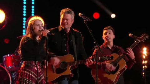 "Blake Shelton Unites With Season 17 ""Voice"" Team To Cover ""Takin' Care Of Business"" 