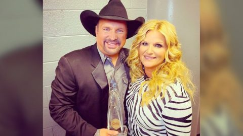 'Entertainer Of The Year And Husband Of A Lifetime' – Trisha Shares Love For Garth After CMA Win | Country Music Videos
