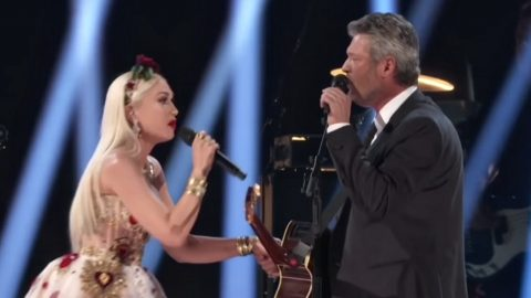 "Blake Shelton, Gwen Stefani Sing Duet ""Nobody But You"" At Grammy Awards 