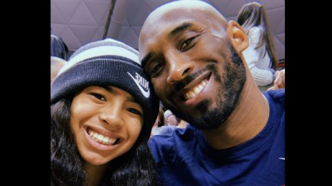 NBA Legend Kobe Bryant And His 13-Year-Old Daughter Dead In Helicopter Crash | Country Music Videos