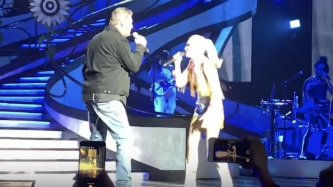 """Blake Shows Up At Gwen's Vegas Show To Perform """"Nobody But You""""   Country Music Videos"""