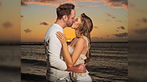 Drew Baldridge Proposes To Girlfriend On Private Beach In Aruba | Country Music Videos