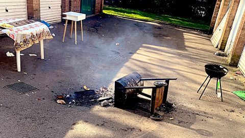 Police Tip Over Grill At BBQ After 20 Partiers Ignore Government Lockdown | Country Music Videos